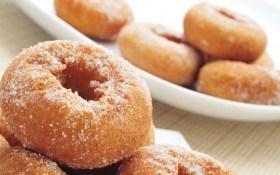 Праздничные пончики