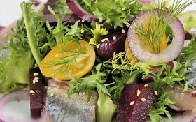 Салат из сельди со свеклой