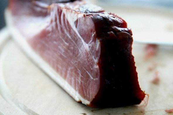 Мясо с дымком: как соорудить домашнюю коптильню
