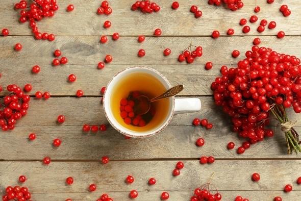 Калина ягоды чай стол