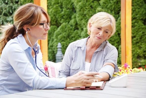 Жара опасна для людей с хроническими заболеваниями сердечно-сосудистой системы