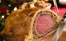 Мясо, запеченное в тесте, по-веллингтонски