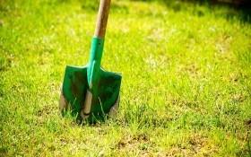 Как модернизировать лопату для огорода своими руками?