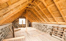 Мансарда: дополнительное утепленное жилье под крышей