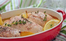 Куриные грудки, запеченные в чесночном масле