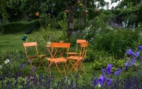 Россыпи цветов и трав: цветник в стиле натургарден