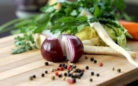 Лето в ритме сальсы: мини-садик специй и овощей