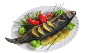 Рыба, запеченная с лимоном и маслом